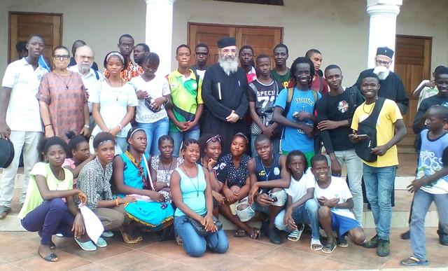 архимандрит Епифаний Хаджиянгу, автор Толкования Символа веры во время миссионерской поездки в Африку